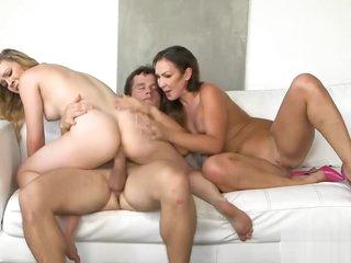 Cali Sparks and Yasmin Scott hot trio
